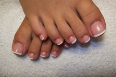french_pedicure-5